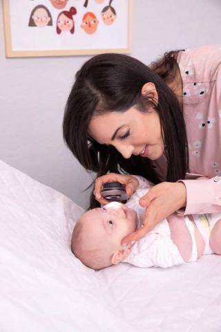"""ד""""ר איילת אולך - מומחית עור ילדים • ספוט קליניק מרפאת עור פרטית"""